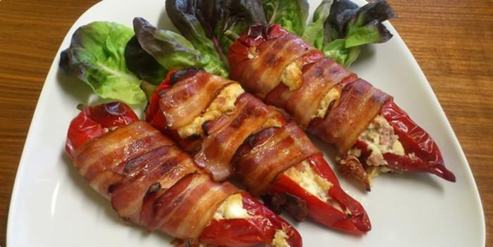 plnena-paprika-obalena-v-slanine